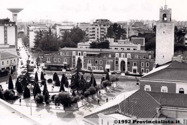 latina-piazza-popolo-1992