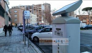 parcheggi-latina-sosta-parcometro-strisce-blu