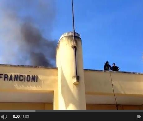 incendio-stadio-francioni-video-latina