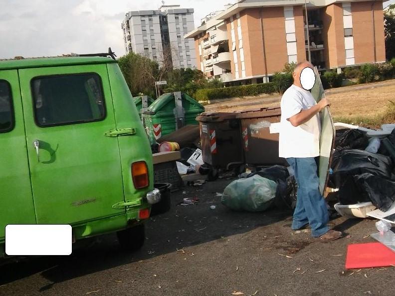 furgone-rifiuti-q4-5