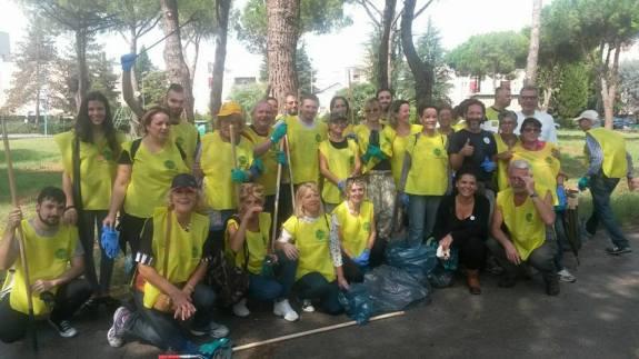 latina-degrado-urbano-volontari-pulizia-parchi-latina