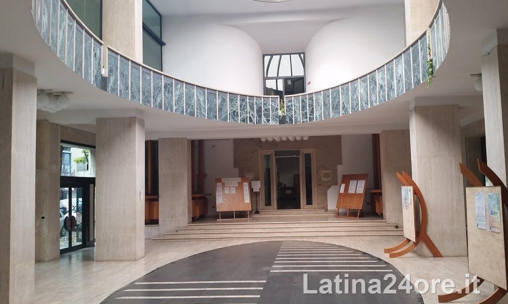 teatro-dannunzio-foyer-latina