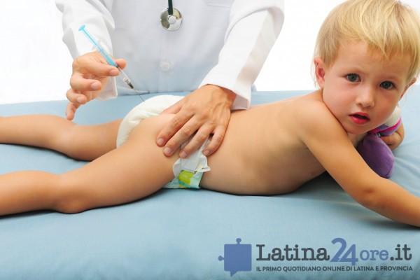 vaccino-bambino-bimbo