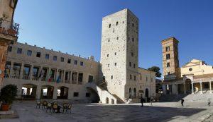 terracina-comune-municipio-piazza