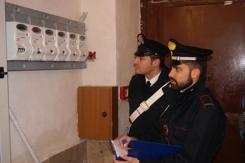 carabinieri-contatore-enel-corrente