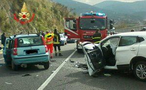 incidente-sonnino-auto