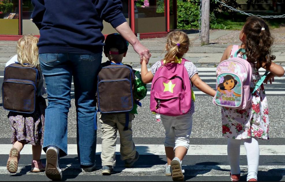 bambini-scuola-latina-alunni