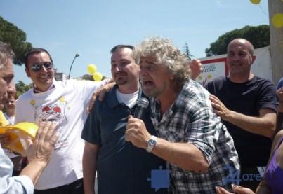 beppe-grillo-latina-parco-2011-movimento5stelle-2
