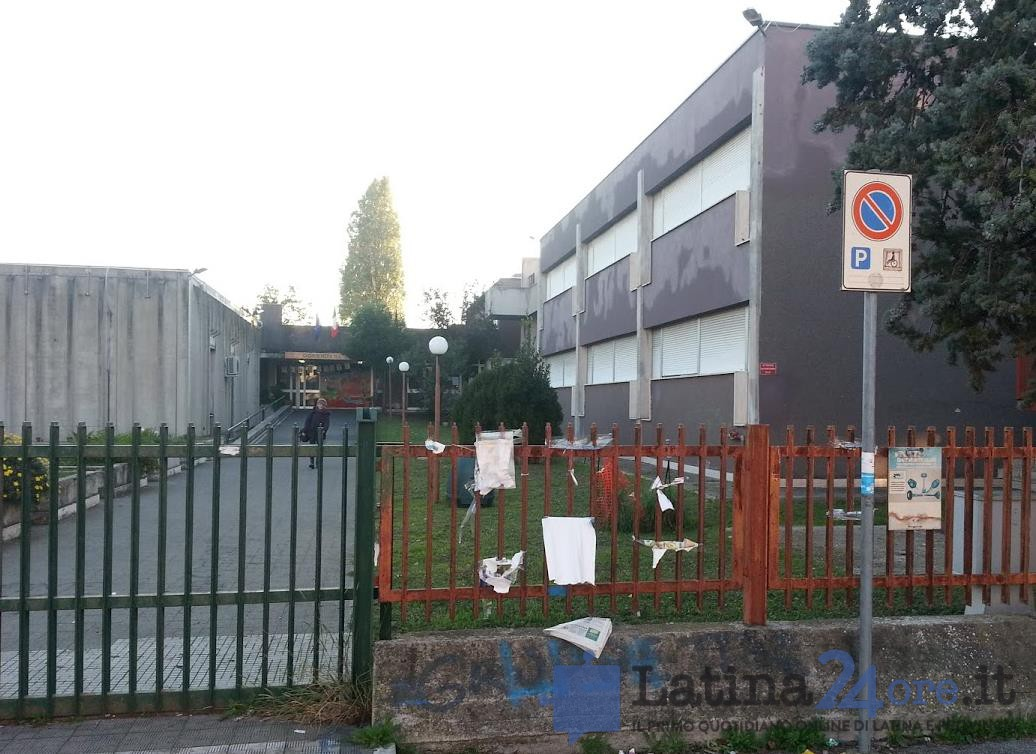 latina-scuola-media-corradini-2012