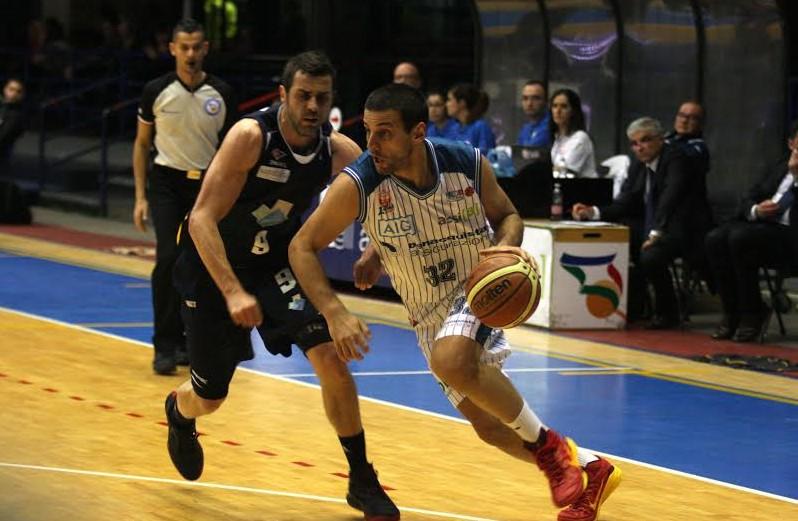 basket-lilov-latina-roma-2016