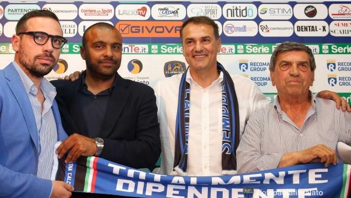 latina-calcio-vivarini-allenatore-dirigenti