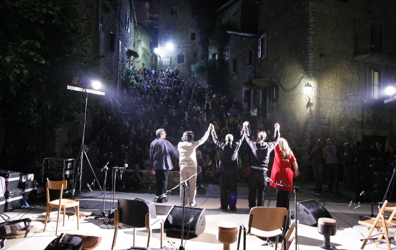 sermoneta-spettacolo-belvedere-estate