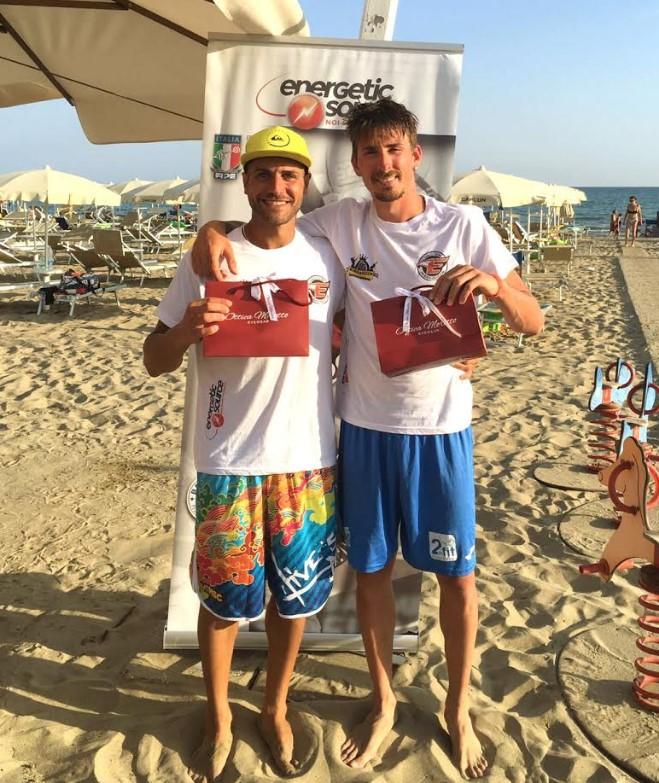 riccardo-sambucci-luca-roberti-latina-beach