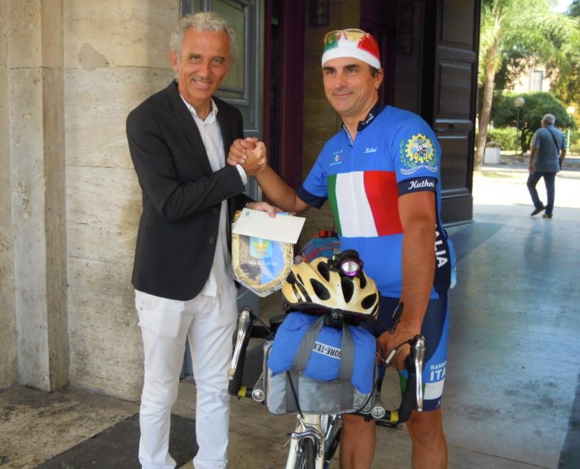 sindaco-coletta-ciclista-dibenedetto