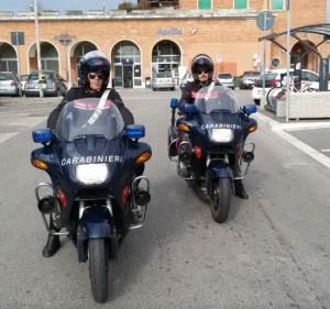 carabinieri-stazione-treni-aprilia