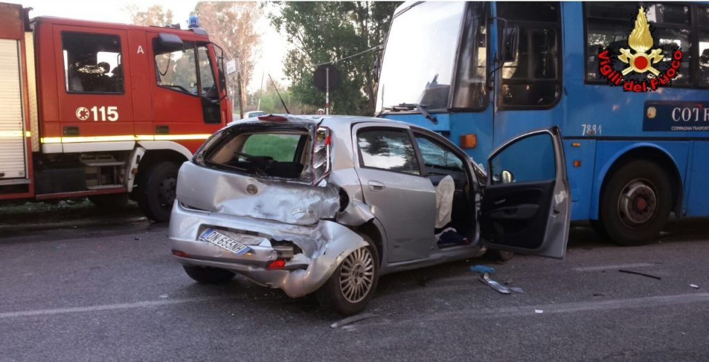 incidente-migliara53-autobus