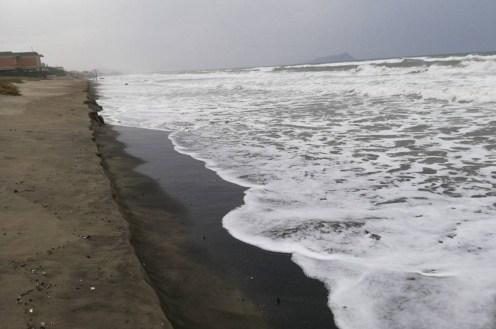 mare-latina-lido-spiaggia-erosione-2016-1