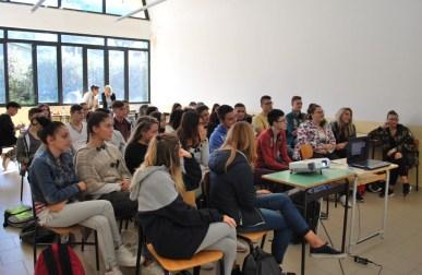 scuola-sanbenedetto-latina-alunni-1
