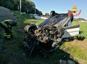 incidente-vigili-fuoco-latina-auto2