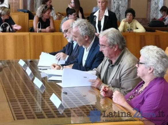 firma-protocolo-servizi-sociali-2