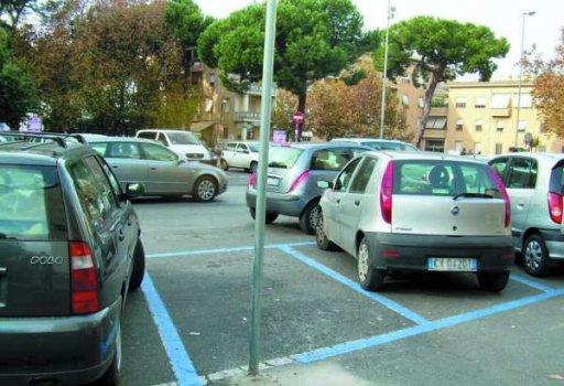 auto_parcheggio_tribunale_palo_1