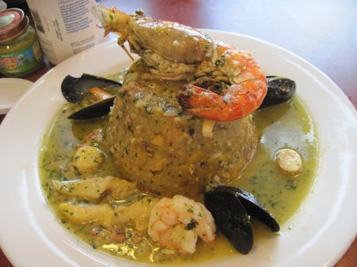 Puerto Rican food, stuffed mofongo