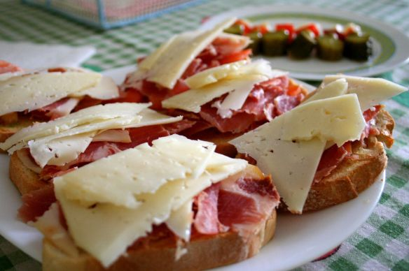 Spanish food - Serrano ham and cheese tapas