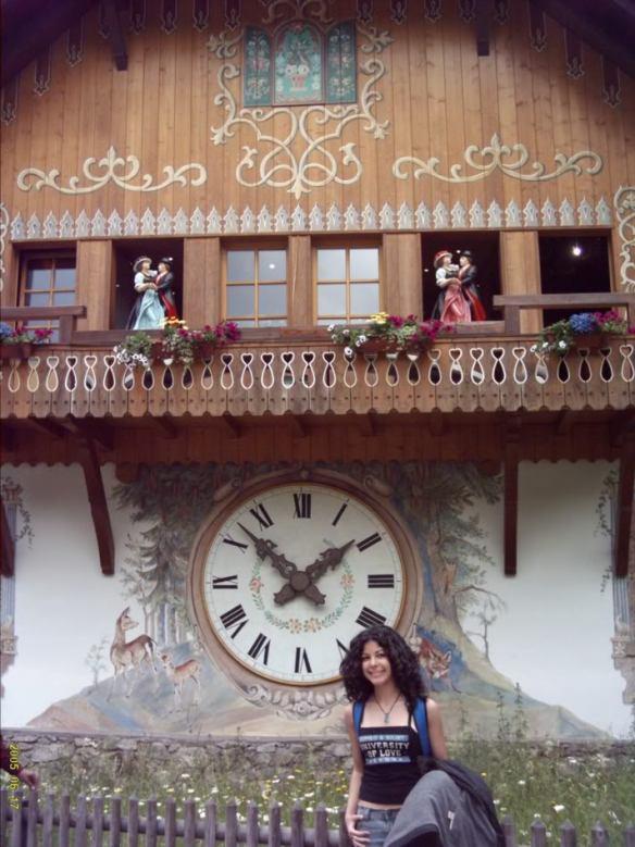 FriFotos, Euro Trip cuckoo clock