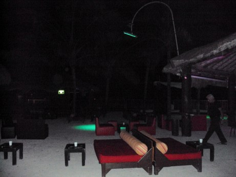 Playa Del Carmen nightlife review. Coco Maya