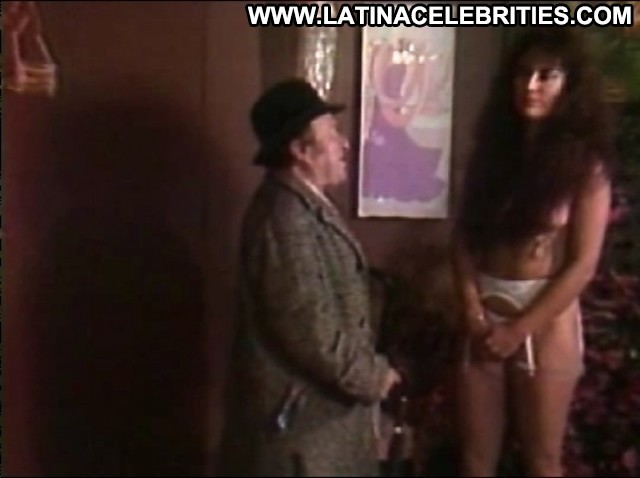 Yirah Aparicio El Sexo Me Divierte Posing Hot Latina Stunning