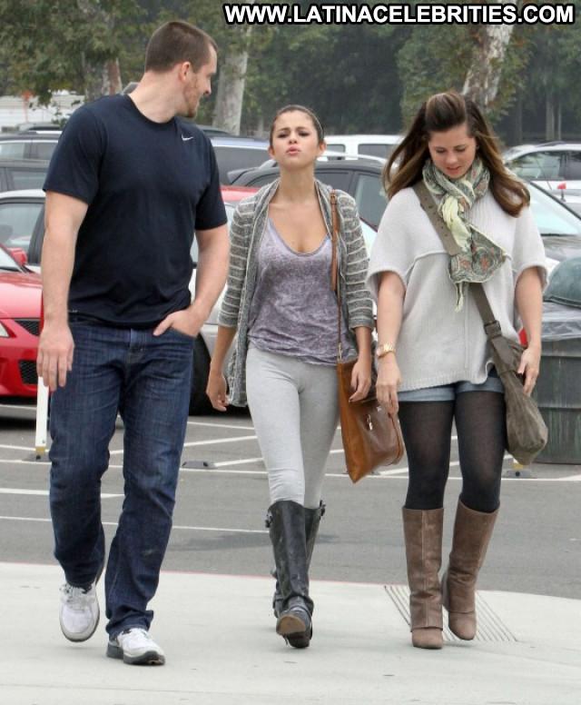 Selena Gomez Los Angeles Candids Los Angeles Celebrity Beautiful