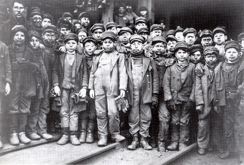 immagine raffigurante bambini lavoratori immigrati in america nei primi del 1900