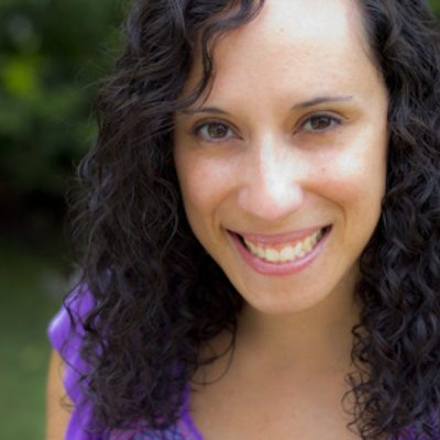 Author Dania Ramos