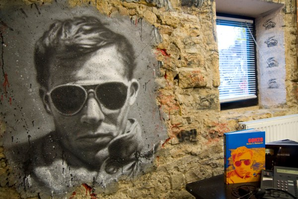 Painted portrait of Hunter S. Thompson, doctor of journalism (thierry ehrmann/Flickr)