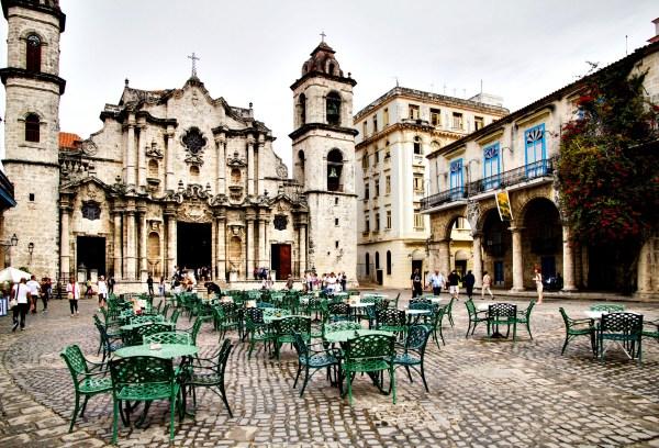 A cathedral in Havana, Cuba (Artur Staszewski/Flickr)