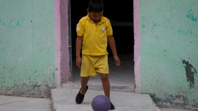 A boy in San Pedro Sula, Honduras, the murder capital of the world (Comisión Interamericana de Derechos Humanos/Flickr)