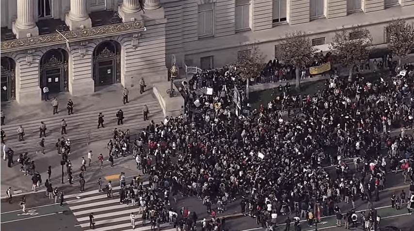Students protest Donald Trump in San Francisco (via CBS SF Bay Area)