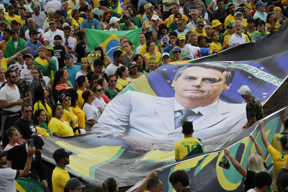 Bolsonaro open to USA  military base in Brazil