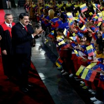 Venezuela's Maduro Celebrates 2nd Term as Crisis Deepens
