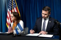 US, El Salvador Sign Asylum Deal, Details to Be Worked Out