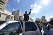 Venezuela Opposition Leader Enters Congress Amid Standoff