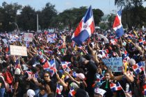 PHOTOS: Dominicans Hold Massive #Trabucazo2020 Demonstration for Democracy