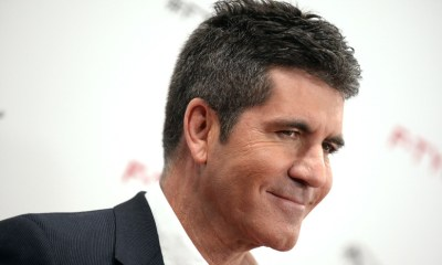Simon Cowell busca uma boyband latina