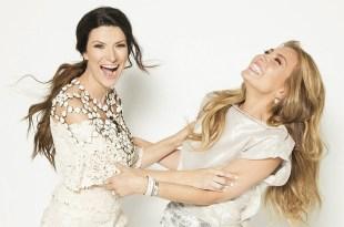 Laura Pausini em um de seus inúmeros duetos, dessa vez, com Thalia