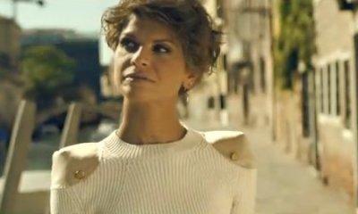 Alessandra Amoroso em clipe de Ciglio Senza Fare Rumore