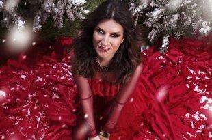 Laura Pausini bombou com Laura XMas, seu CD de natal