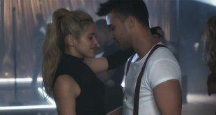 Shakira e Prince Royce arrasando com Deja Vu