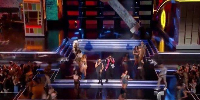 Luis Fonsi e Daddy Yankee incendeiam Prêmios Billboard com Despacito