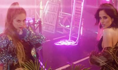 Ya Es Hora é o videoclipe da Ana Mena com Becky G e De La Ghetto