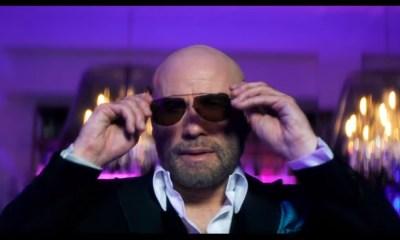 John Travolta estrela clipe de Pitbull